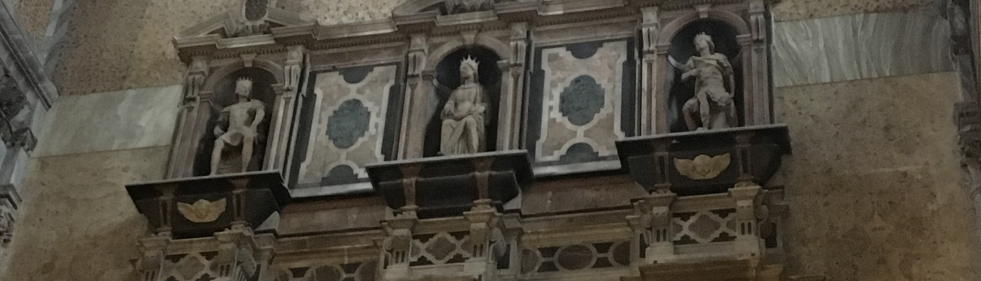 tomba di Maria d'Ungheria in S.M. Donnaregina